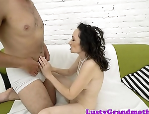 European gilf fucked after pussylicking