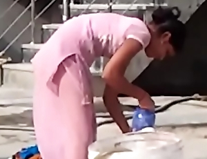 indian desi hor randi neighbourhood pub schoolgirl washing