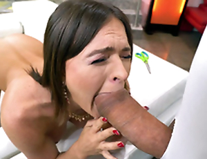 MILF Krissy Lynn is sucking the successfully dick